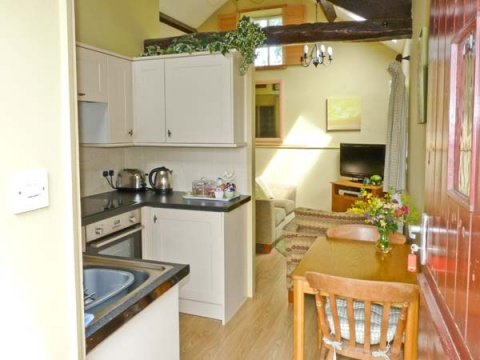 Randel Cottage - Kitchen
